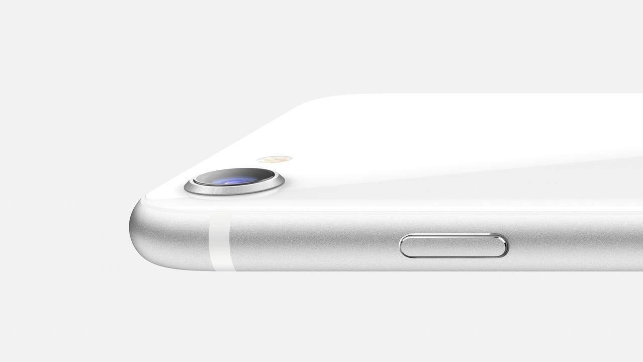 来年春にはiPhone SE Plusがやってくる?