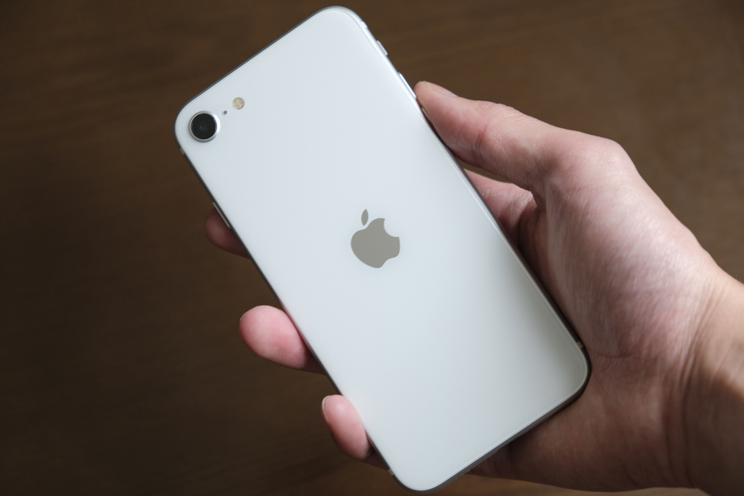 iPhone SE+アプリで物撮りポートレートやナイトモードを実現するアプリ
