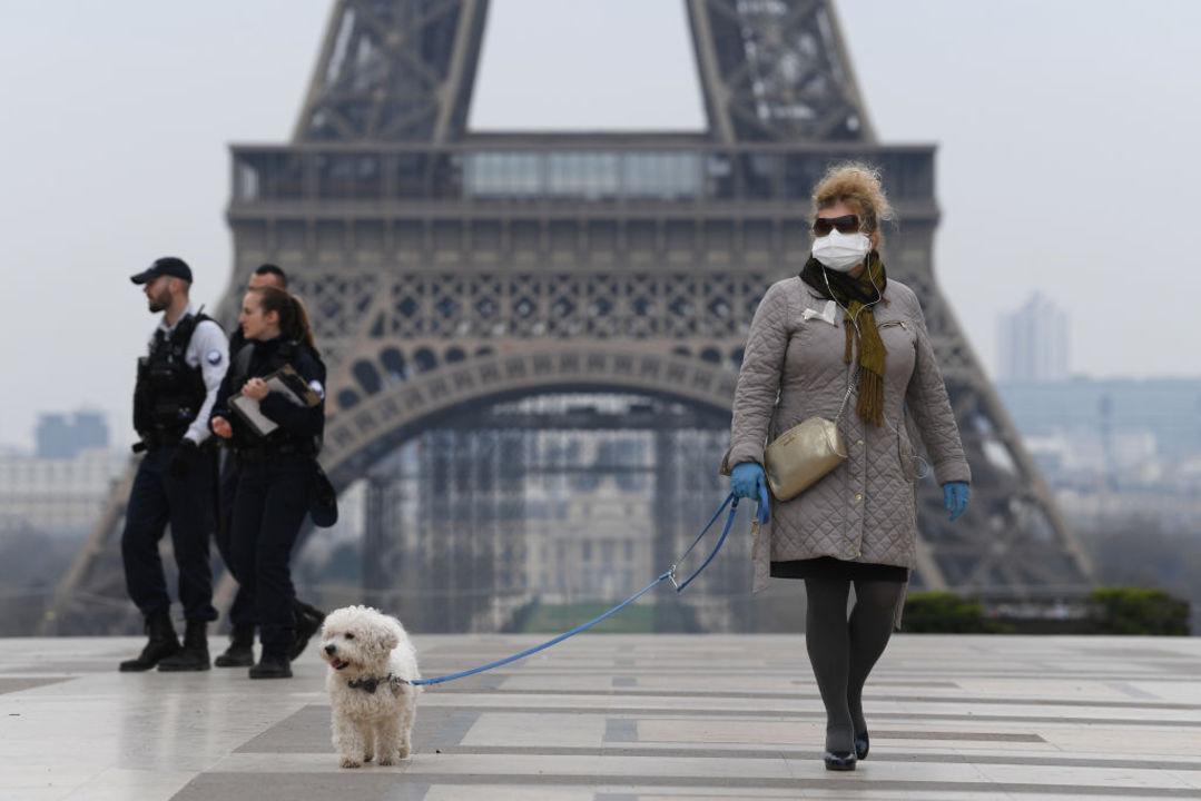 空気が汚れている地域では新型コロナで死亡する人が多いという研究結果