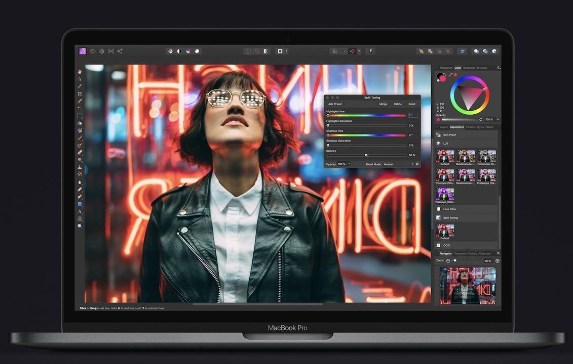 新型13インチMacBook Pro出た! シザー構造キーボードに物理escキーがある!
