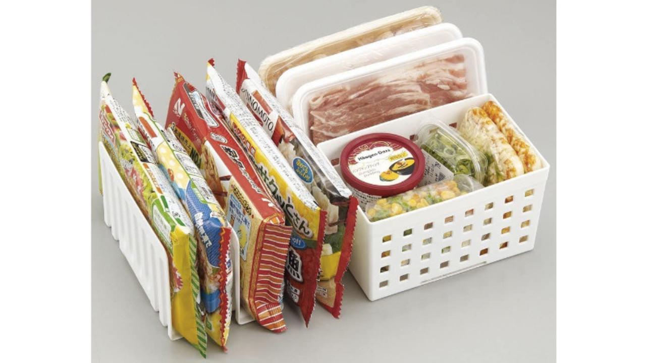 冷凍庫の中の物をスッキリ整理できるスタンド&ボックス。冷気の循環効率も良くなるんだって!