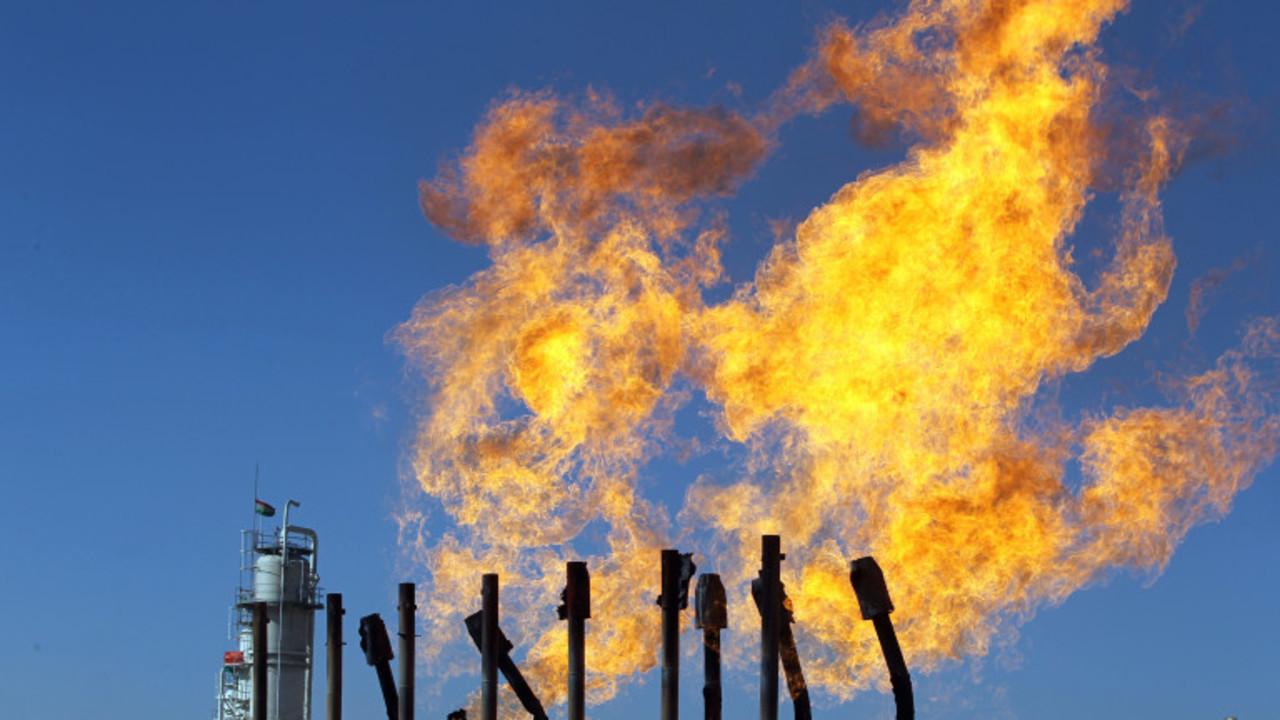ガソリンの値段、まだまだ下がる? 原油価格に回復の見込みなしとも…