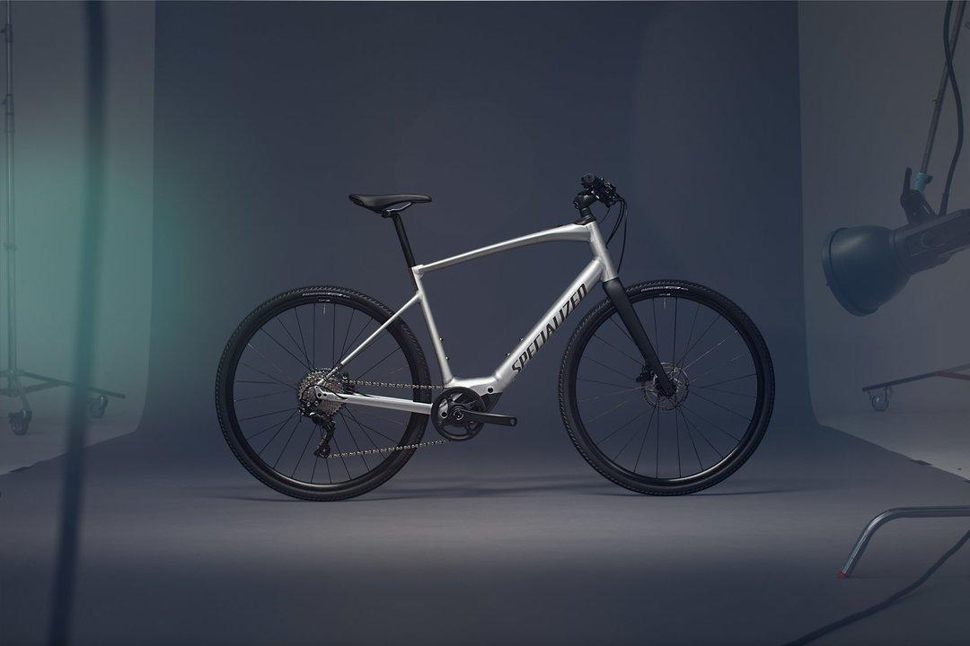 eバイクに見えない...。重さ約15kgで距離130kmを走るスペシャライズド「Turbo Vado SL」