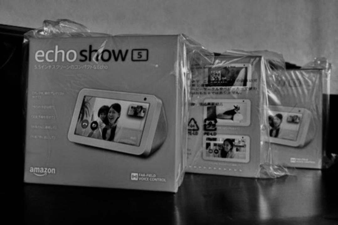 実録!Amazonのスマートディスプレイ「Echo Show 5」を3台持つ私の恐怖体験