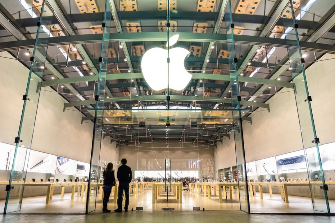 Apple、アメリカで直営店25店舗以上を再オープンへ