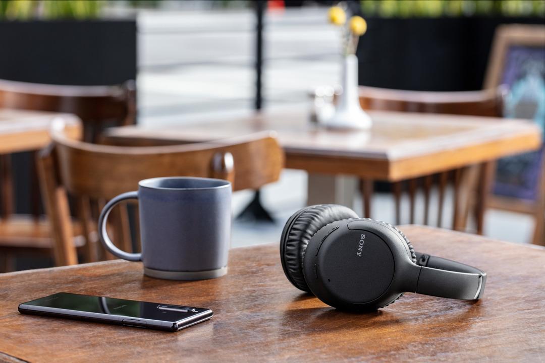 ソニーの新しいノイキャンヘッドホン、約1万4000円。もっとも買いやすい静寂ヘッドフォンです