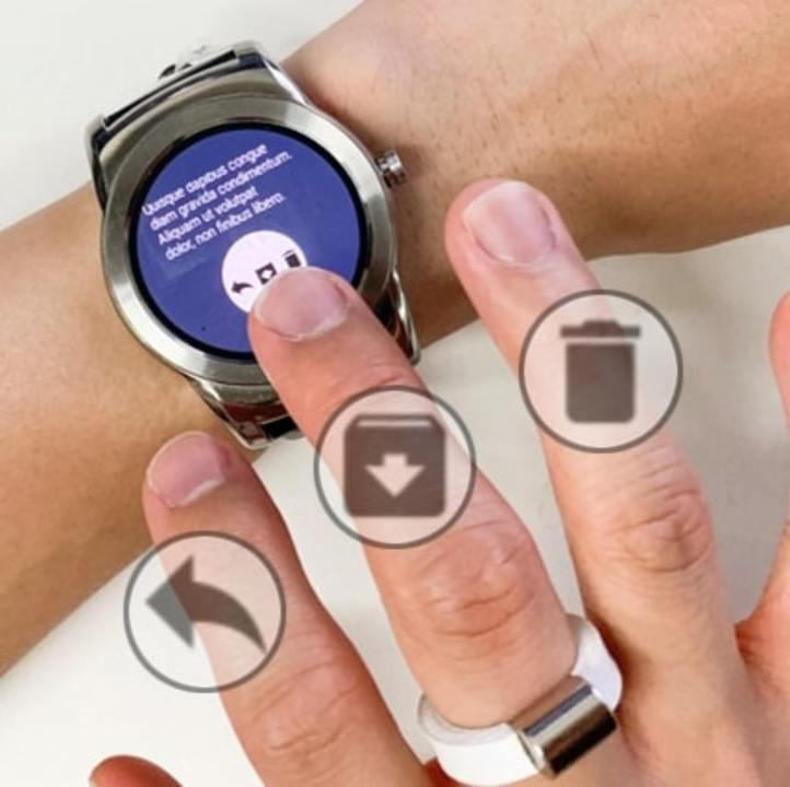 スマートウォッチのタッチ操作を指ごとに振り分ける磁石の指輪