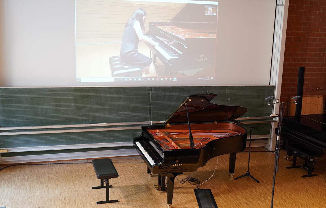 自動演奏機能付きピアノで音大リモート入試。ドイツのピアノを海外から弾いちゃいます