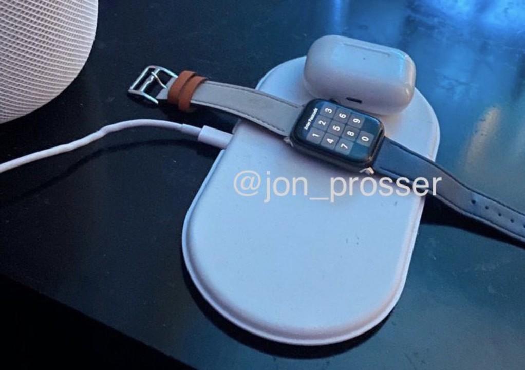 AirPowerのプロトタイプ画像再び。Apple Watchの充電もイケそう