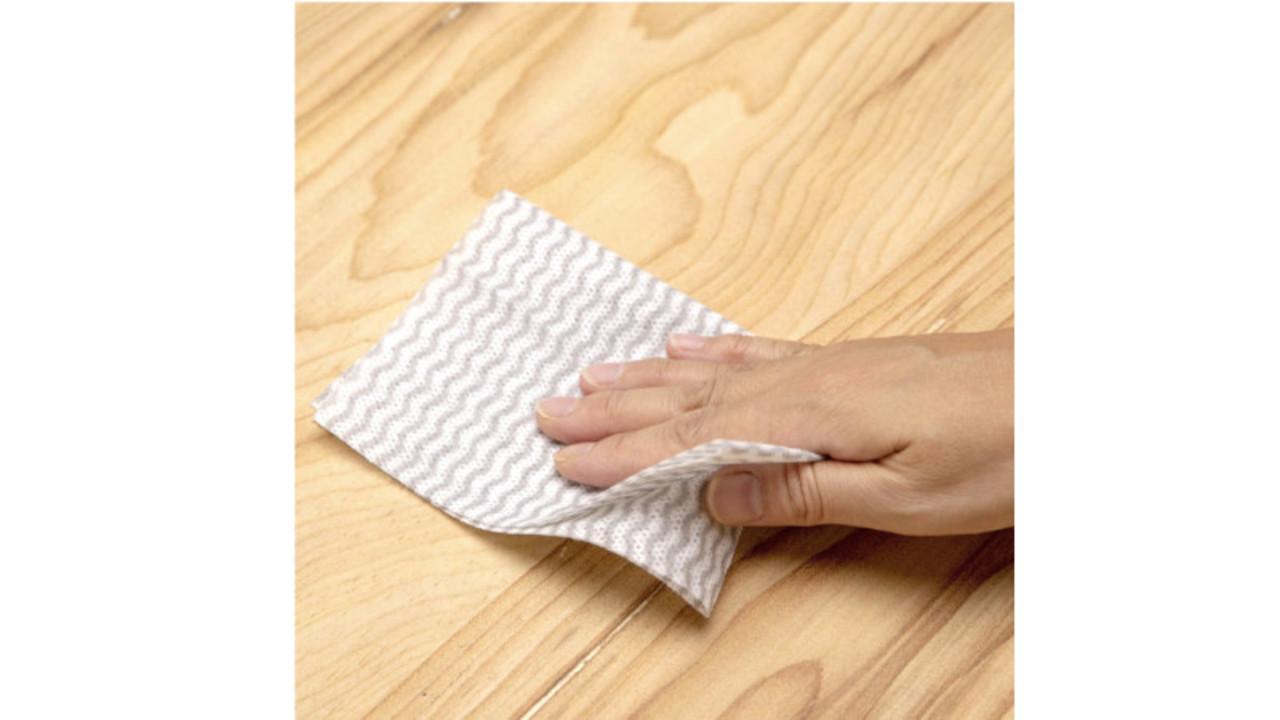 ペーパータオルとふきんのいいとこ取り。吸水&吸油性が高く、すぐ乾いて繰り返し使えるよ