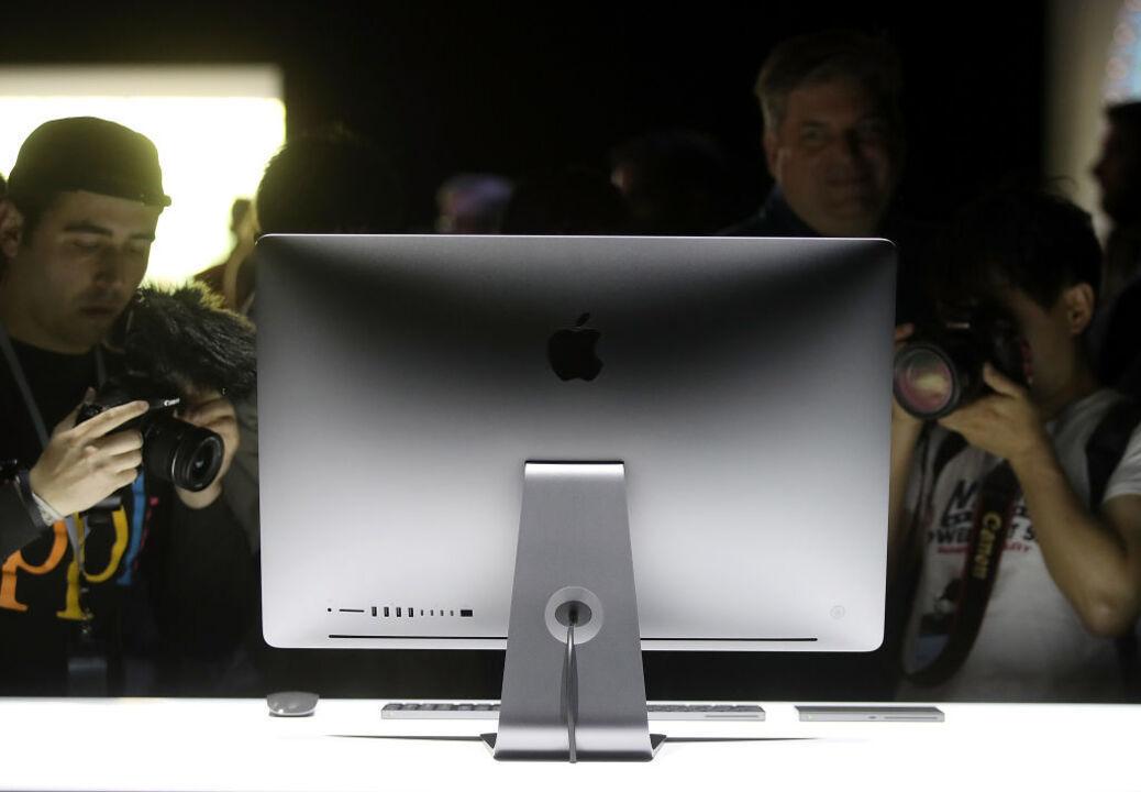 新デザインでAppleシリコン採用の24インチiMacは年末に登場?