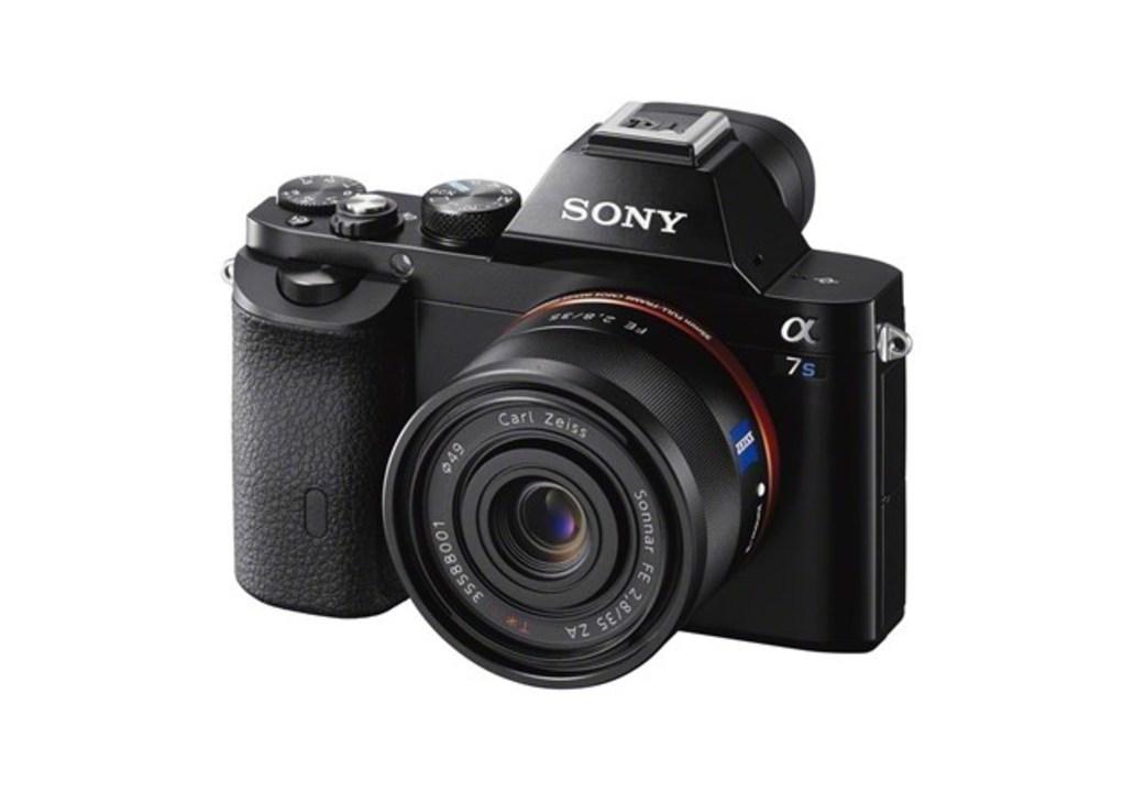 この夏きますか、α7S II後継機。4Kカメラの最高峰?