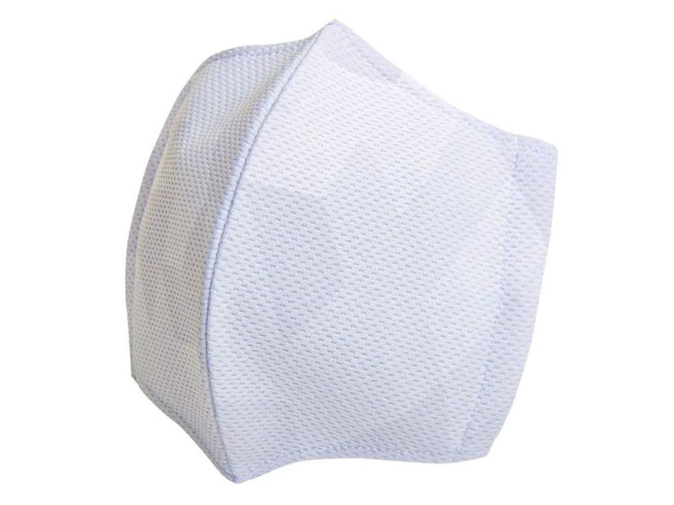 野球ユニフォームのメーカーが作った、蒸れにくく抗菌・防臭性もある「サマークールマスク」