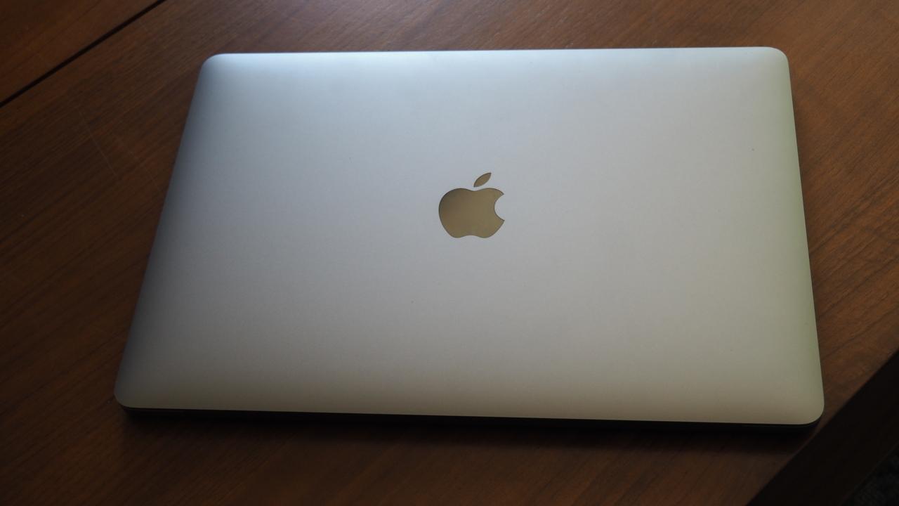 Apple Silicon搭載Mac、一番乗りは年内の13インチMacBook Proに?