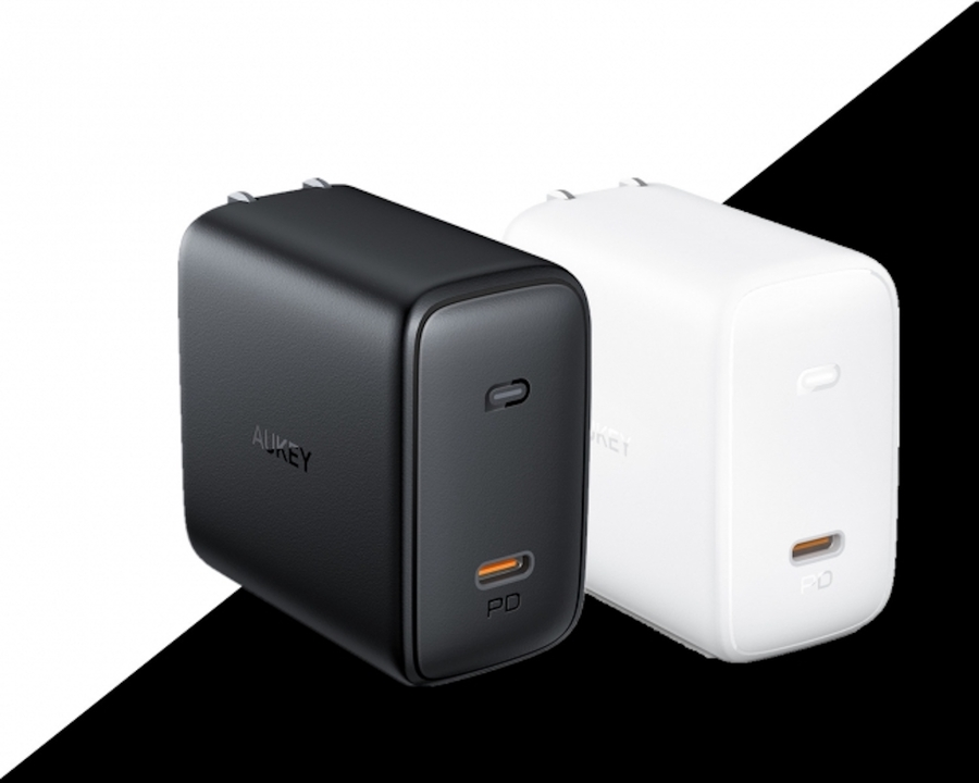 AUKEYのミニサイズUSB-C急速充電器、新発売記念セール中!