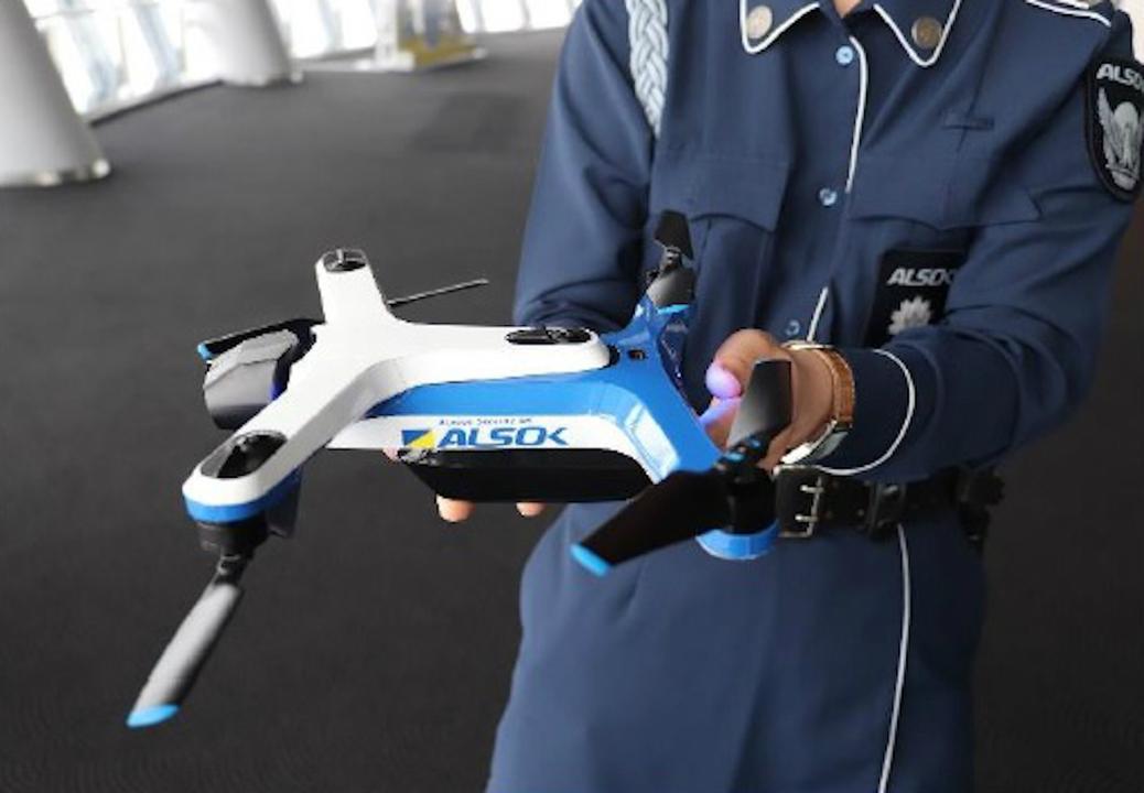 AI搭載自律ドローンが東京スカイツリータウンを飛ぶ