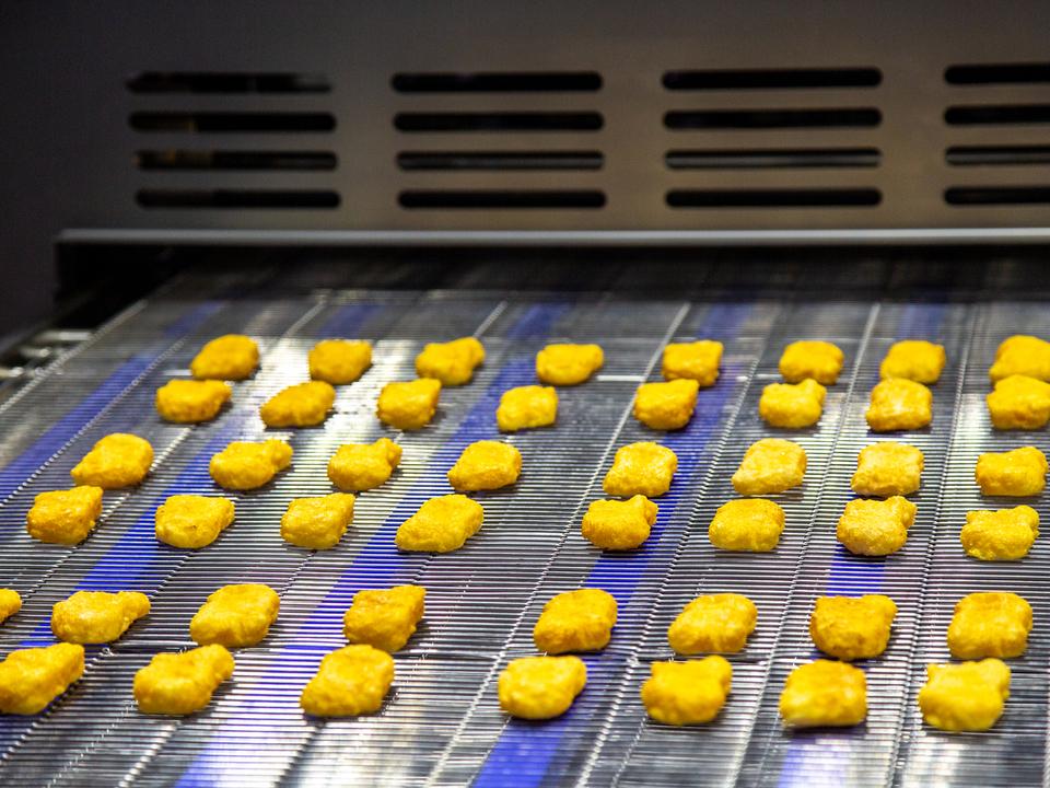 ケンタッキー・フライド・チキン、3Dプリントでナゲットを作る