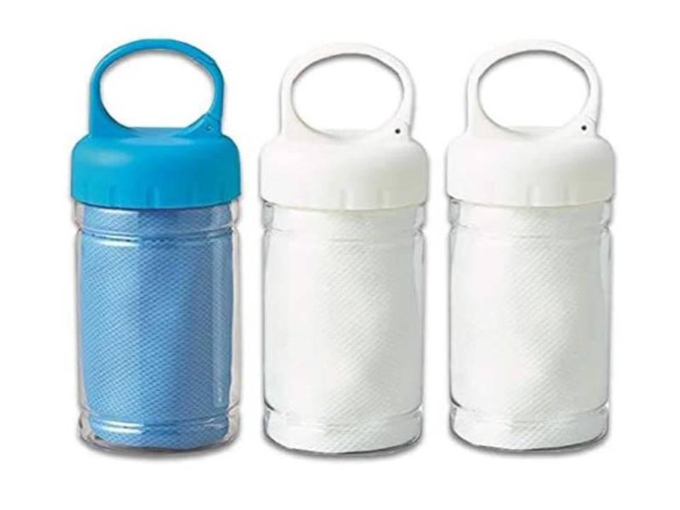 【Amazonファッションタイムセール祭り】ファッションタイムセール祭りで、1,000円台の濡らして使うボトル入り冷感タオルや600円台のスマホスタンドがお買い得に!