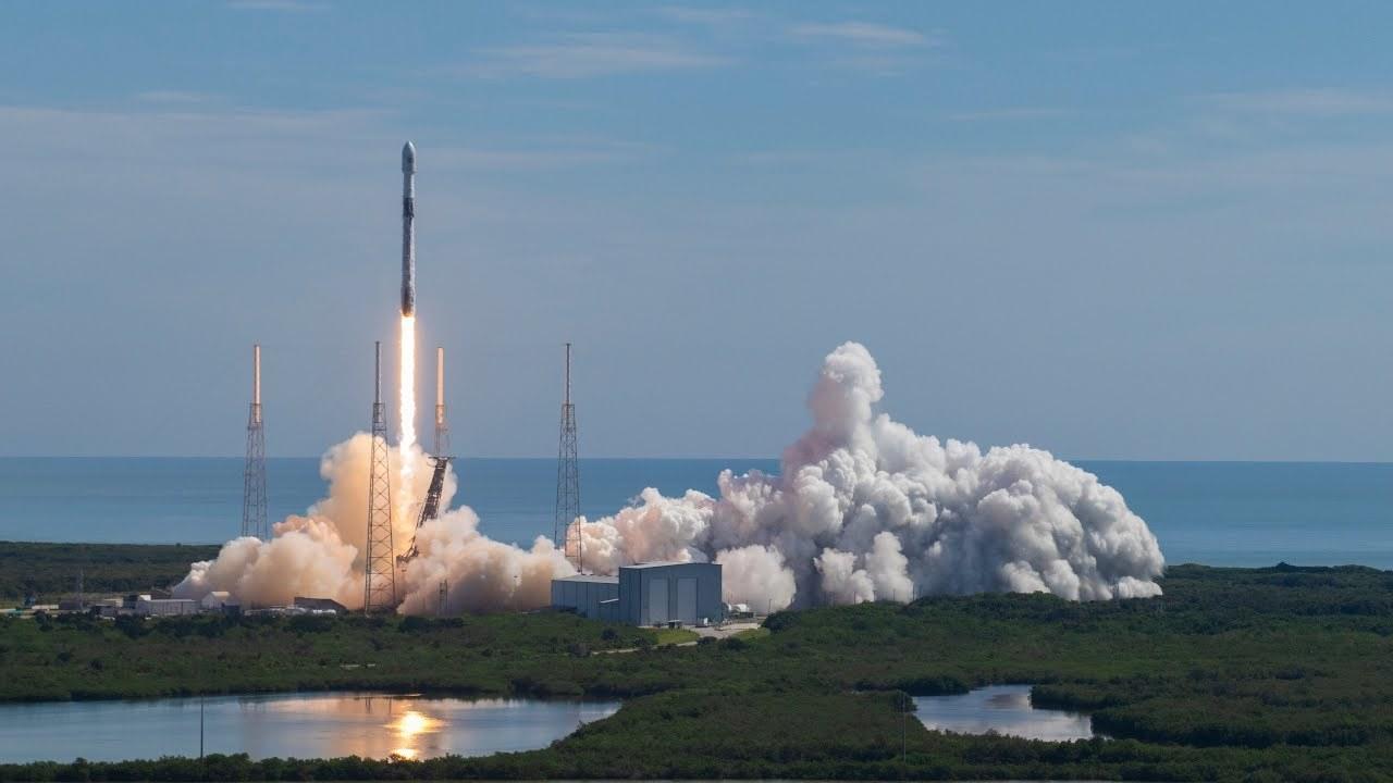 スペースXのロケットブースター、再利用記録を更新