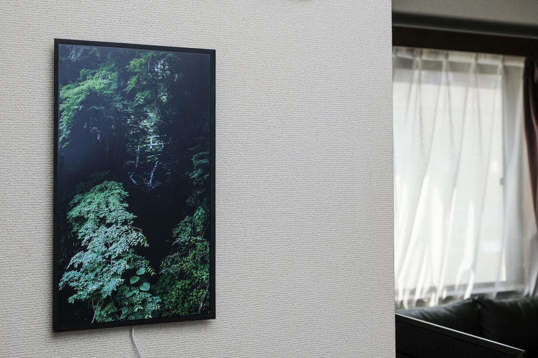 17.3インチの窓が、暮らしに動きを与える。アートフレーム「Mono X7」レビュー