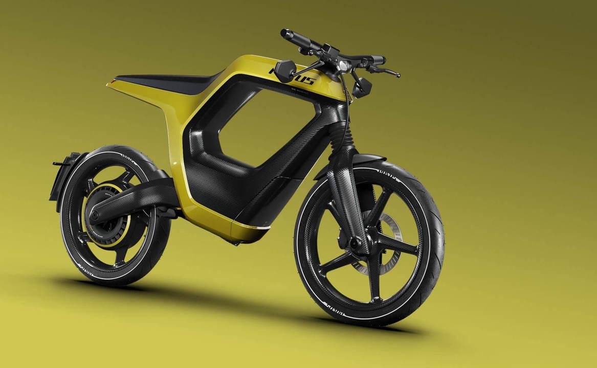 超サイヤ人の髪型=走行モードを示すアイコン。カーボンファイバーを多用したEVバイク「NOVUS」