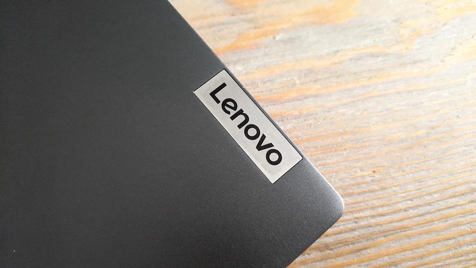 Lenovo-IdeaPad-Slim-7-c