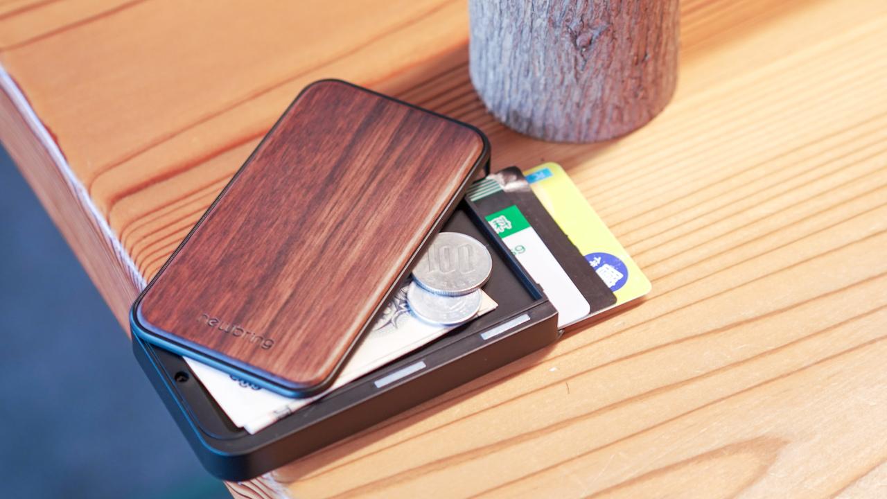 片手で開閉できるスライド式、超コンパクト財布を使ってみた【終了間際】