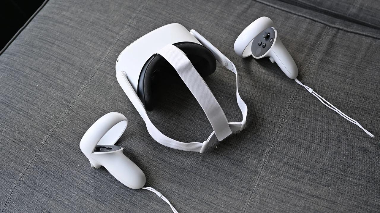 ソファに置いたOculus Quest2