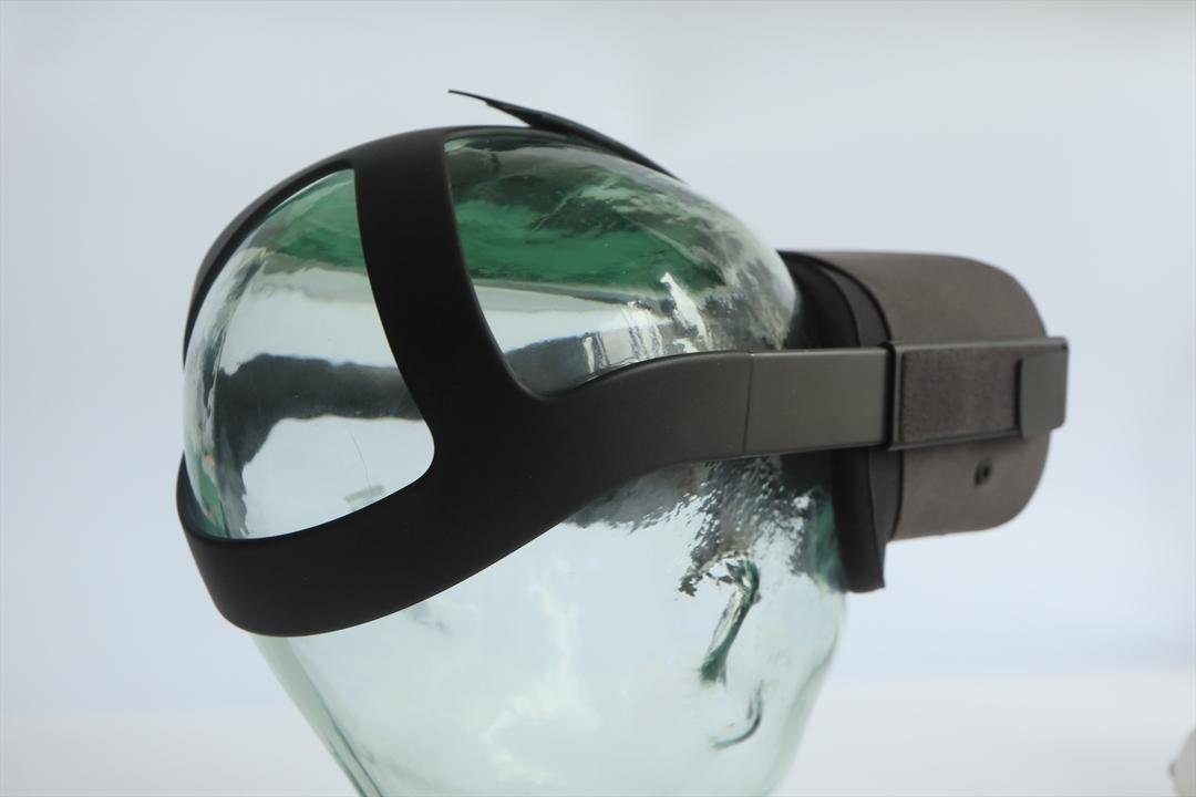 招待Oculus Quest装着ベルト