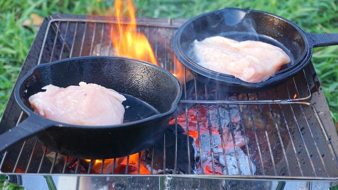 高火力で「ただ肉を焼く」幸福感。これがしたくてスキレットを買いました
