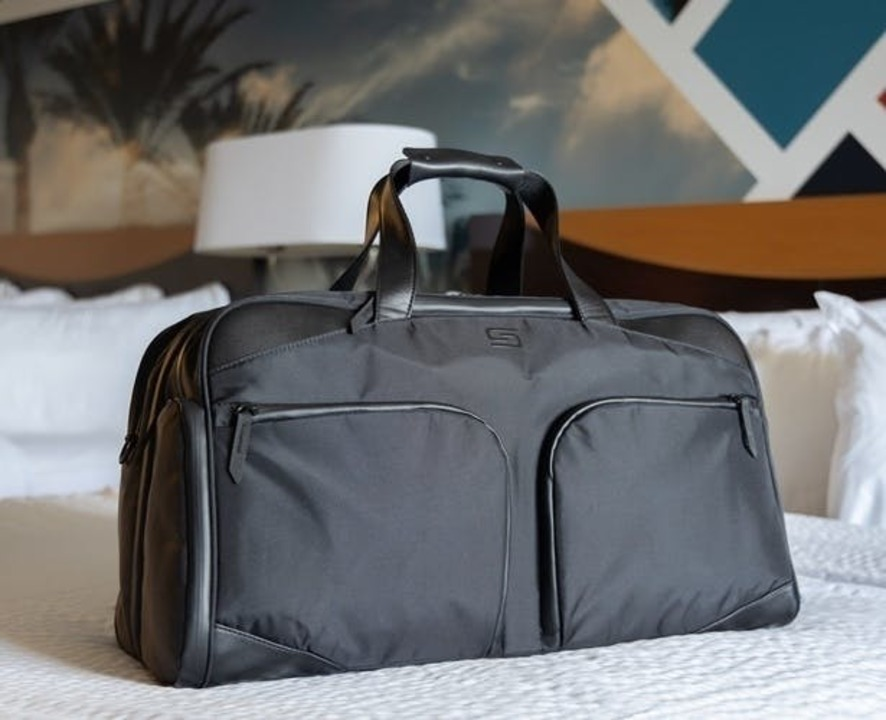 週末旅行にちょうどいい。収納機能が豊富なトラベルバッグがキャンペーン終了間近