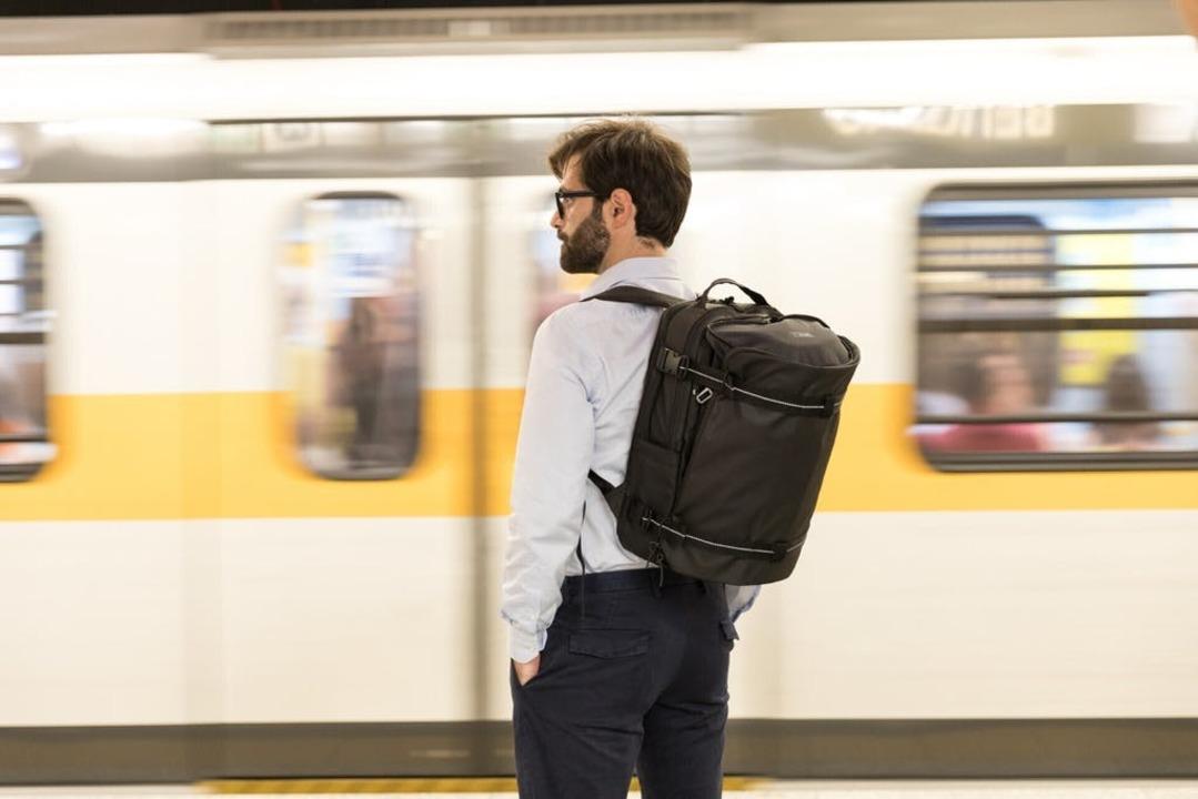 バッグの使い分けが不要に!?拡張性抜群のバックパック&ジムバッグが登場