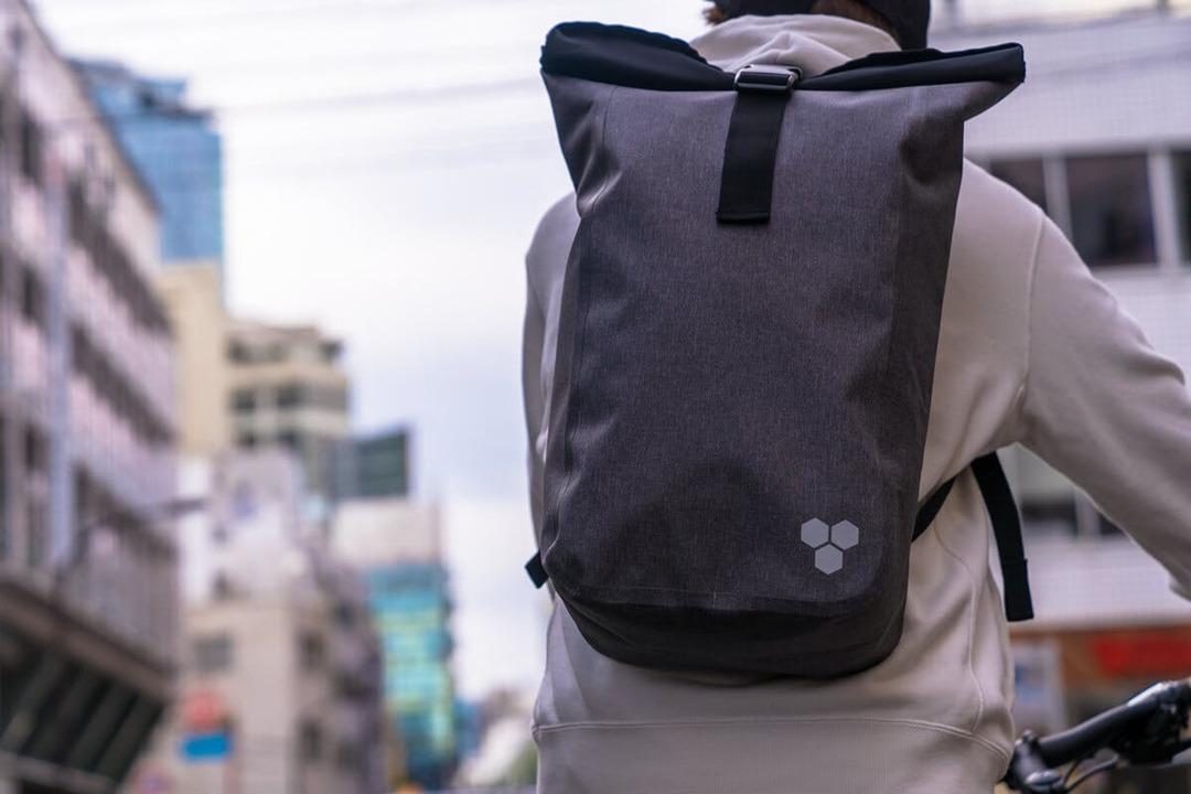 【CF】もう雨は怖くない! 別のバッグをINできる最強防水バックパック