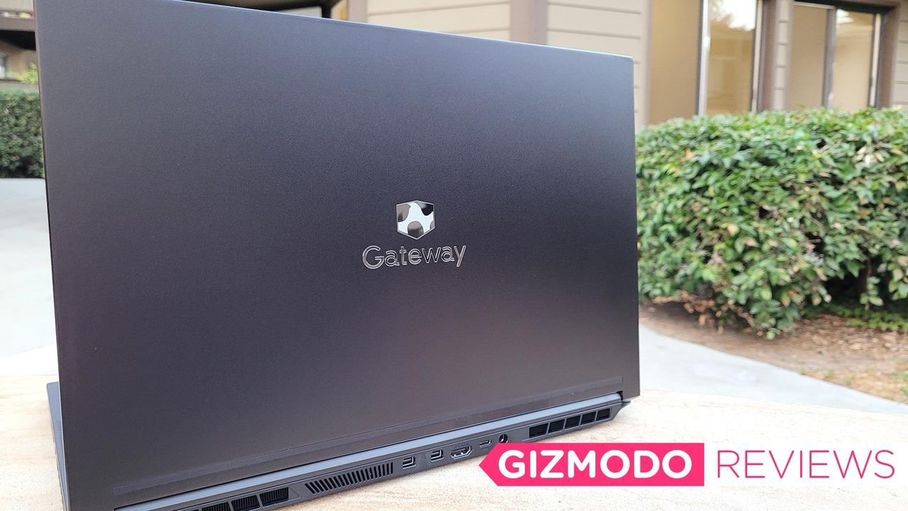 GatewayノートPCレビュー:1,000ドルのゲーミングPCって実際アリなの?