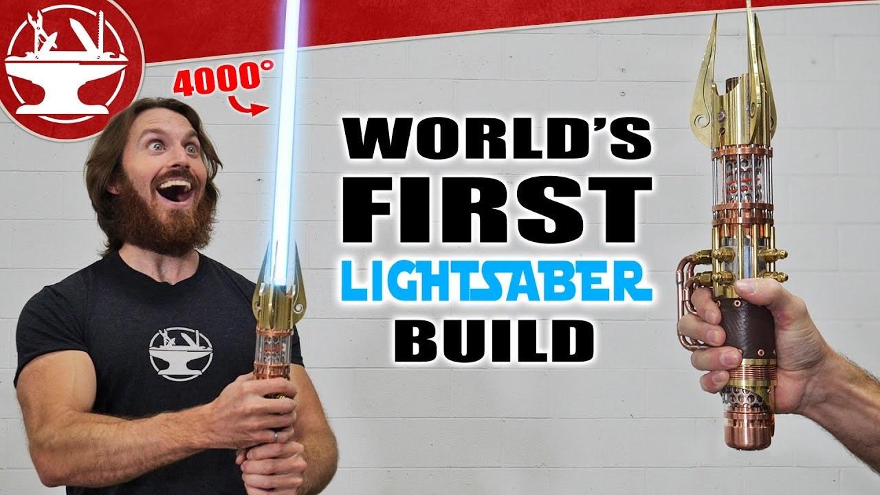 ついに実現!刃が伸縮するライトセーバーを4,000度のプラズマ刃で再現する動画