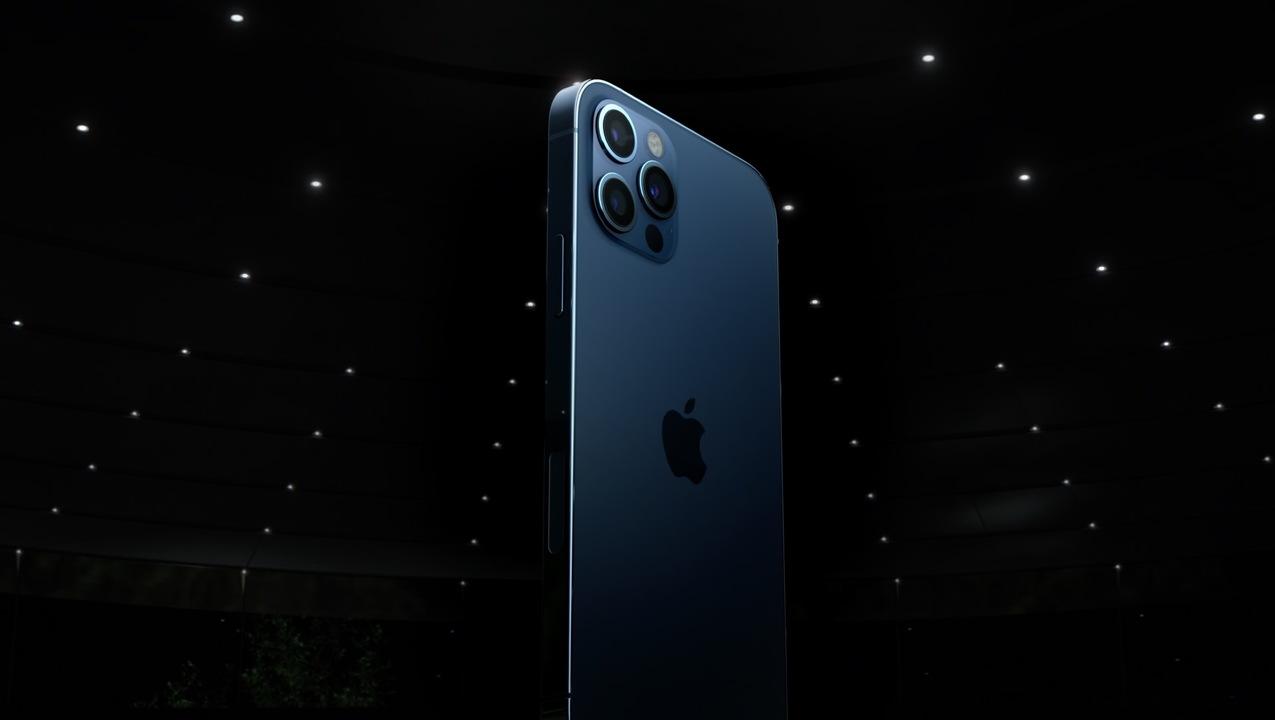 """iPhone 12が""""ジョブズがいた頃のデザイン""""に回帰した理由"""