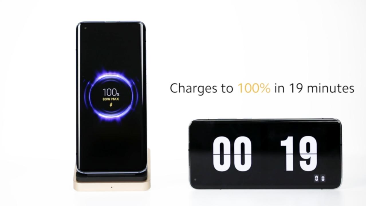ケーブル充電より早い。ワイヤレスなのに80wのパワーが出る充電パッド