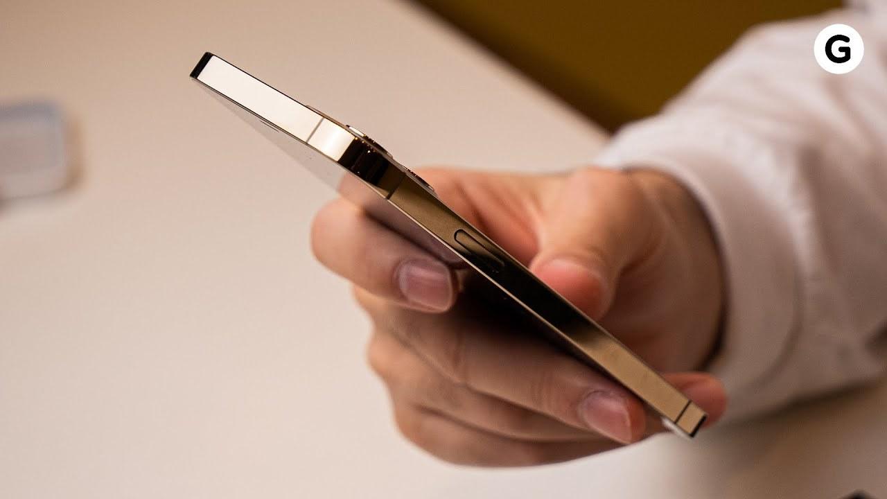 iPhone 12 Proの動画性能が知りたいって? じゃあギズモードの動画みてくださいよ!