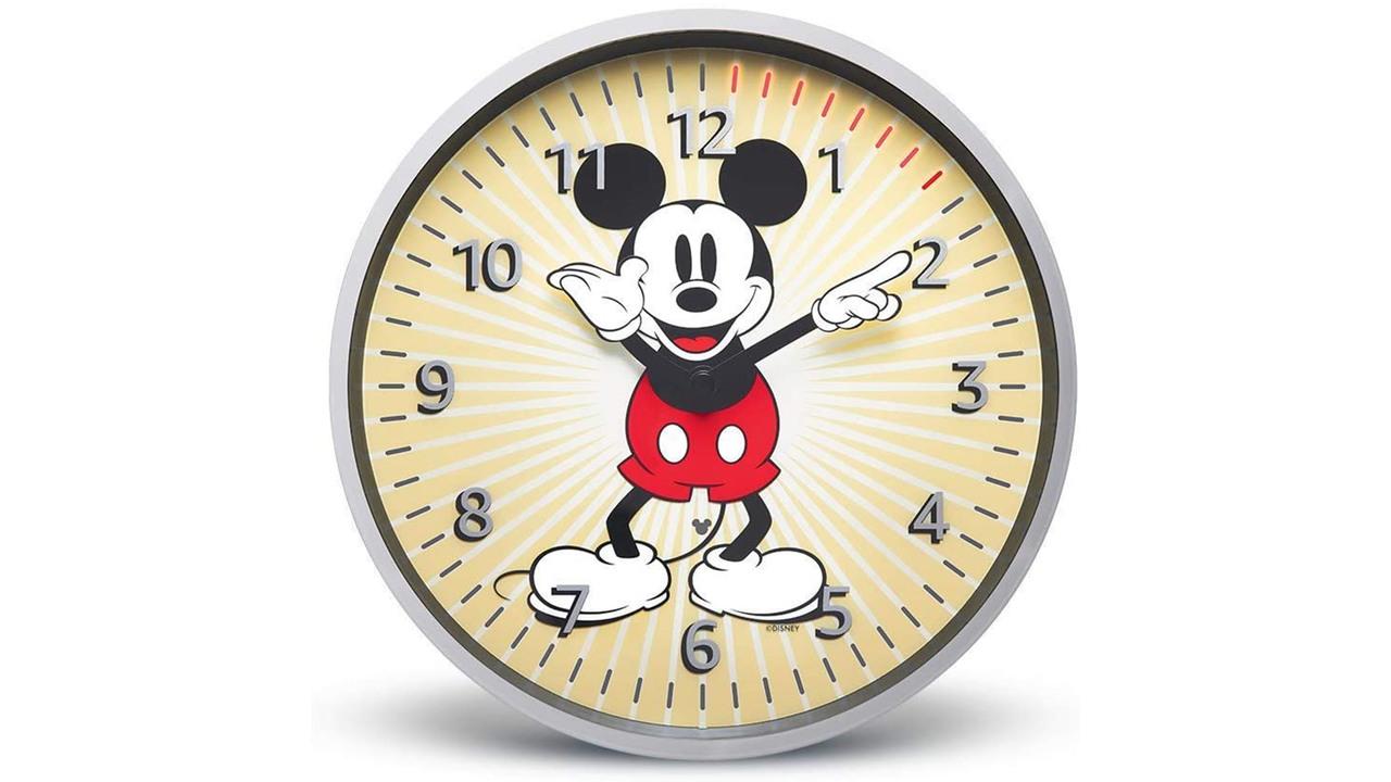 ミッキーが時刻を指してくれる! Alexaでタイマーを操作する壁掛け時計