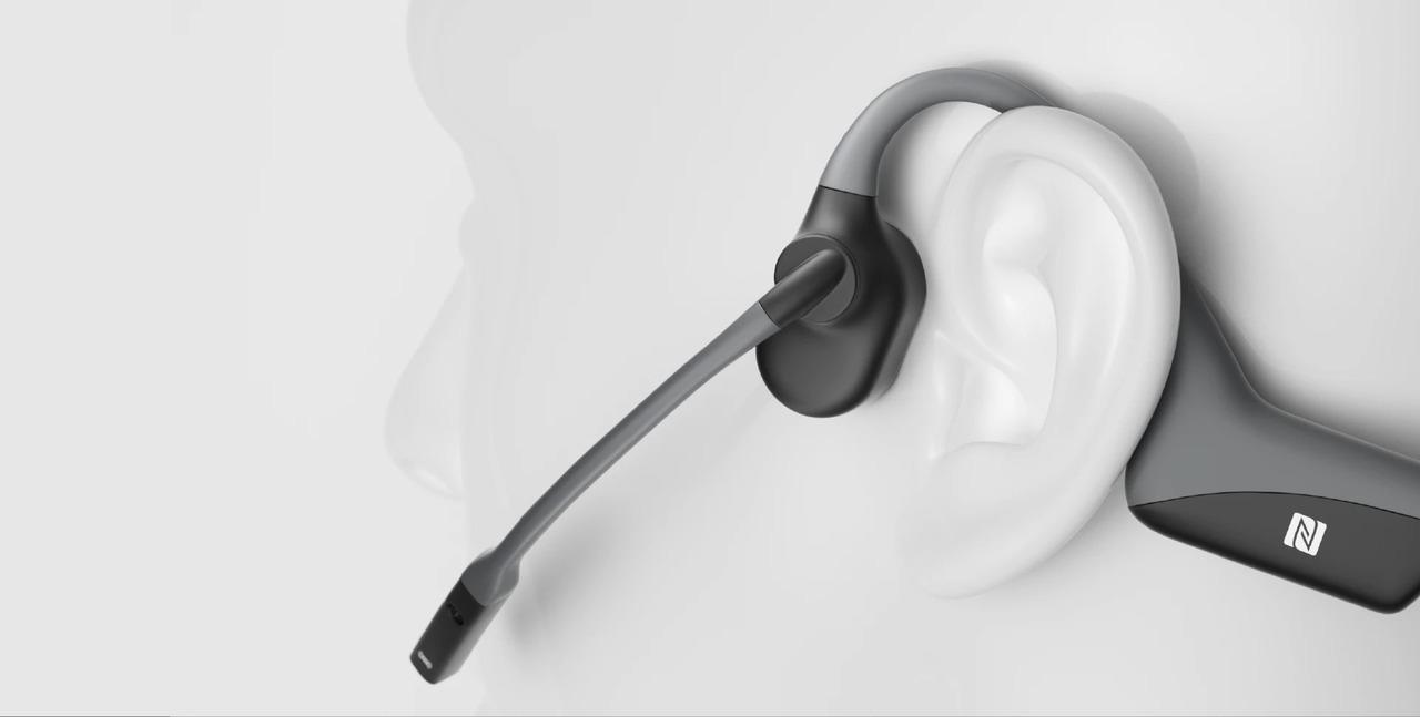 5分の充電で2時間使える骨伝導ヘッドセット。耳を塞がずテレワークできる