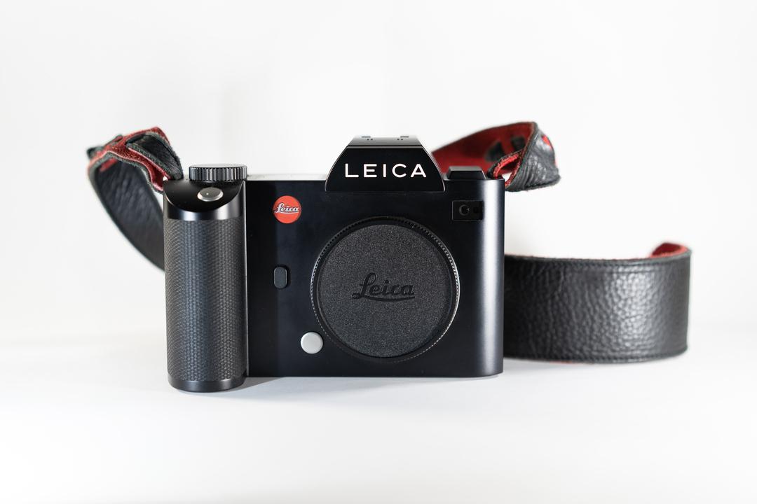 ライバルはSIGMA fp? Leicaから小型のLマウントミラーレスカメラが出るかも