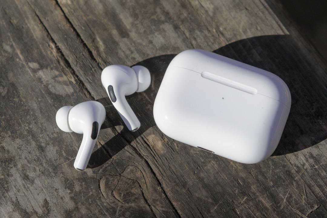 AirPods Proでノイズ?が出るように→Apple Storeで無償交換してもらえた!