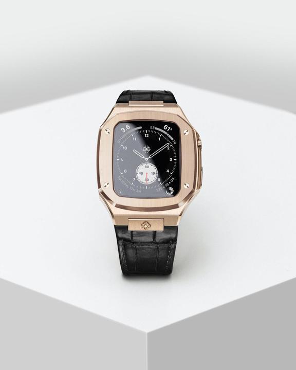 Apple Watchを高級腕時計にするスウェーデン製のケース。別モノに見えるカッコ良さ