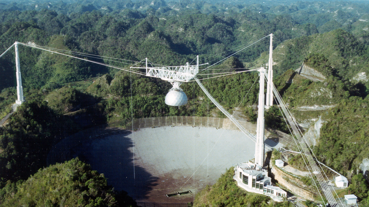 無念でしかない。プエルトリコの電波望遠鏡、崩壊の危機を経て閉鎖へ