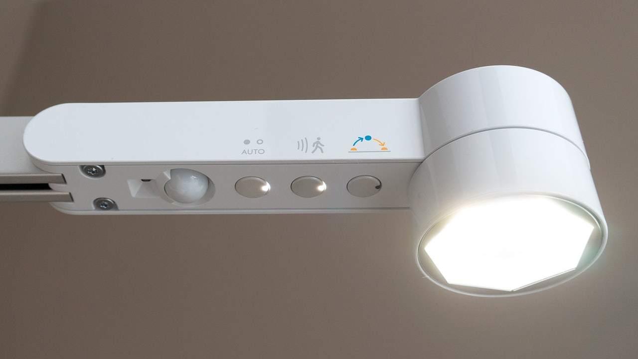 室内光でもグングンとチャージ可能な新ソーラーパネル、ガジェットの救世主に?