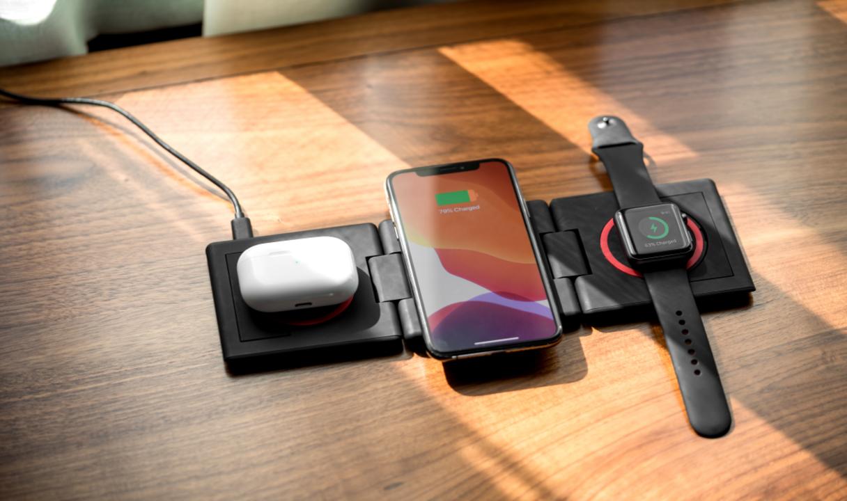 ケーブルを極力減らしたいなら「UNRAVEL」でAirPodsもApple Watchもまとめて無線充電しちゃおう
