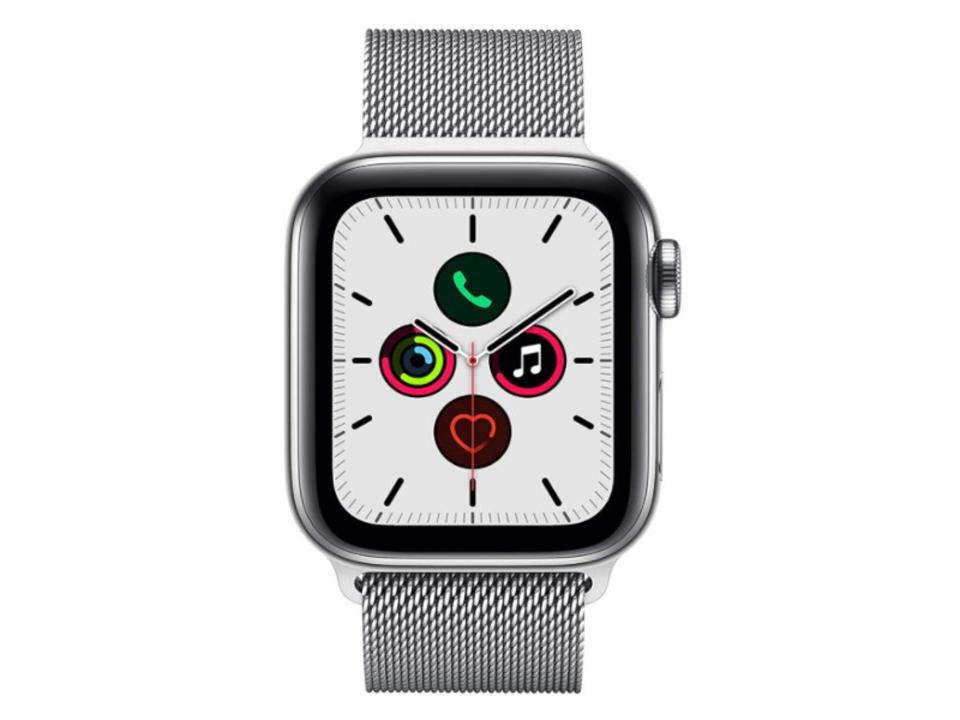 【Amazon 年末セール】Apple Watchが最大21,000円オフ、Beatsのワイヤレスイヤホンが51%オフとお買い得に!