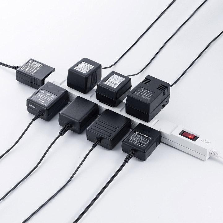 上から横から、ゴツいACアダプターを8個差せる電源タップが登場