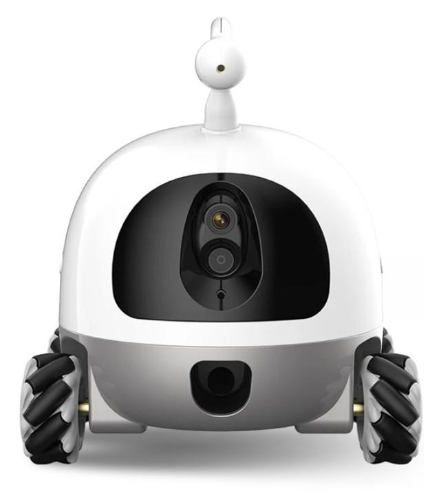 スマホの遠隔操作でペットと遊びおやつを与える。カメラとオムニホイール搭載ロボ「Rocki」