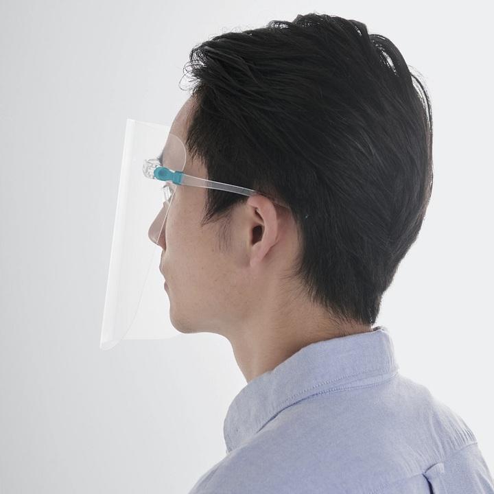 このメガネ型フェイスシールド、エレコム製とはなじみ深い